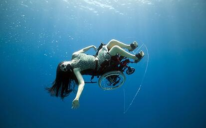 first self propelled underwater wheelchair